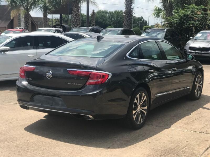Buick LaCrosse 2017 price $24,900