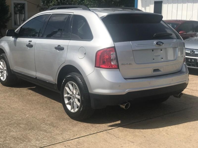 Ford Edge 2013 price $16,900