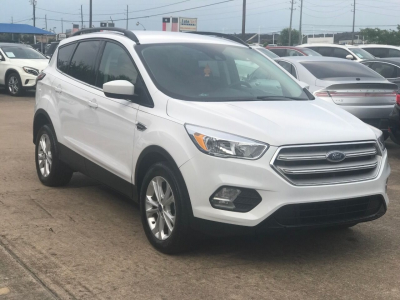 Ford Escape 2018 price $19,900