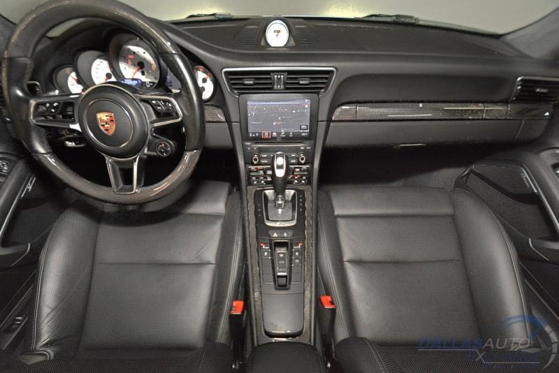 Porsche 911 2017 price $149,989