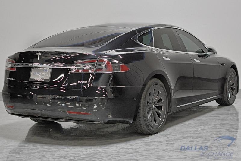 Tesla Model S 2018 price $64,989
