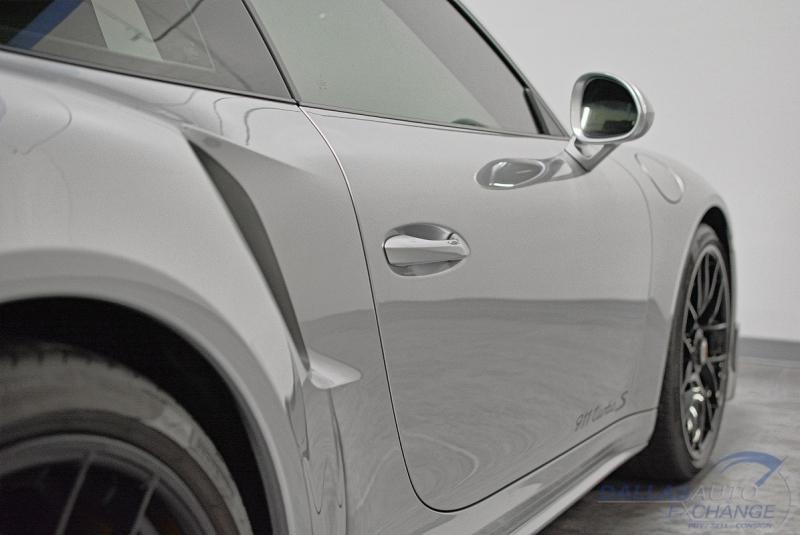 Porsche 911 2018 price $170,989