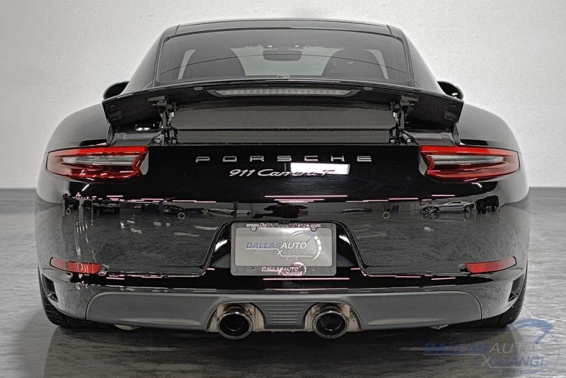 Porsche 911 2018 price $100,989