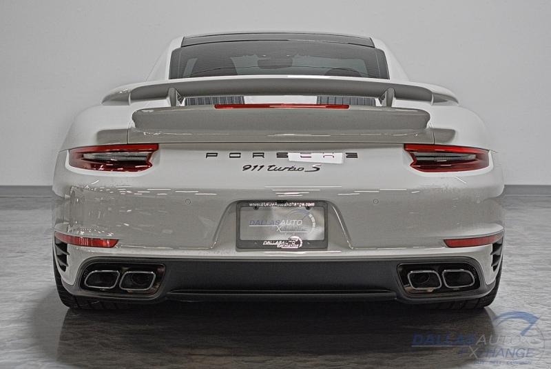 Porsche 911 2018 price $183,989