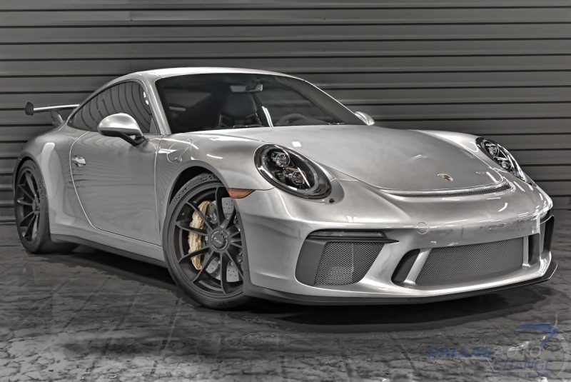 Porsche 911 2018 price $204,989