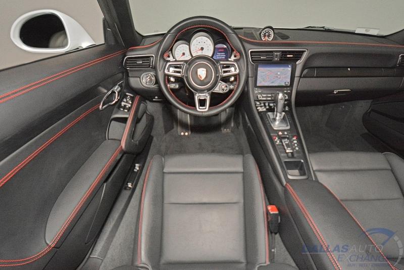 Porsche 911 2019 price $175,989