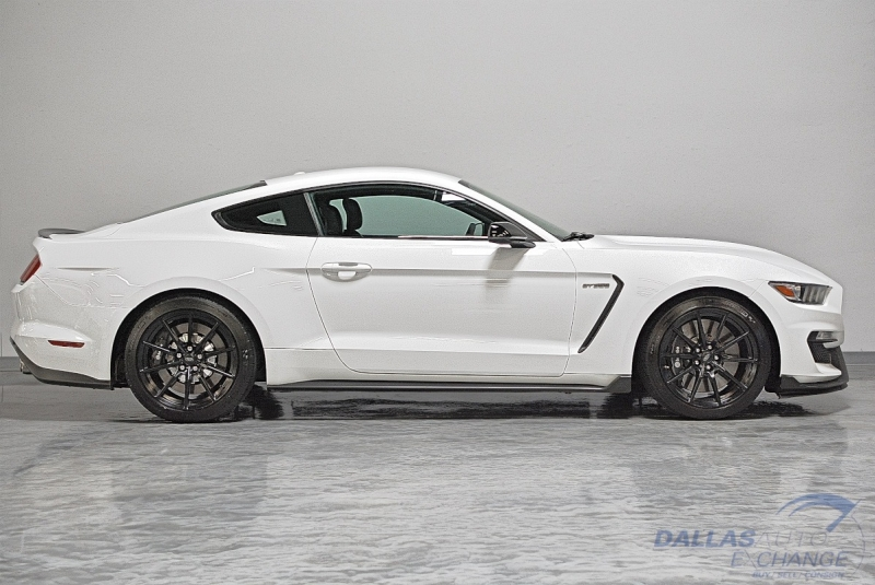 Ford Mustang 2016 price $52,989