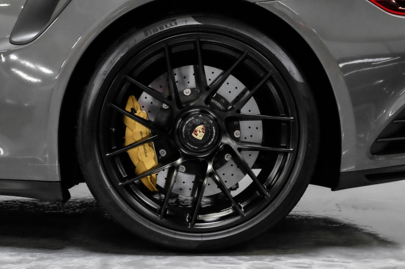 Porsche 911 2017 price $184,989