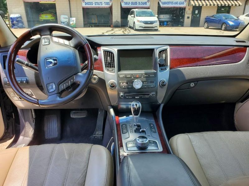 HYUNDAI EQUUS 2012 price $11,995