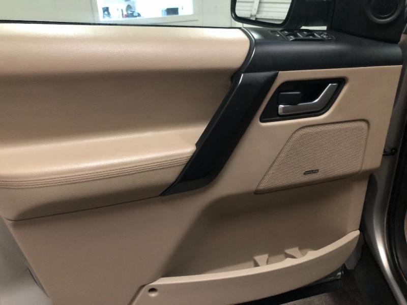 Land Rover LR2 2012 price $10,990