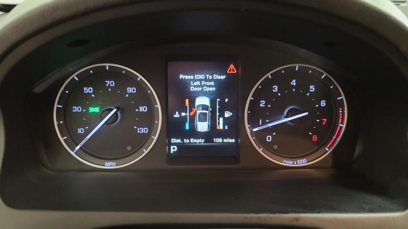 Land Rover LR2 2014 price $17,490