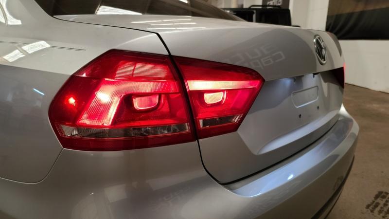 Volkswagen Passat 2014 price $11,300