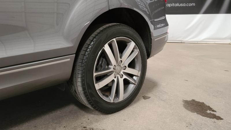 Audi Q7 2010 price $13,990