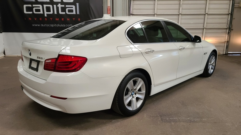 BMW 5-Series 2011 price $13,890