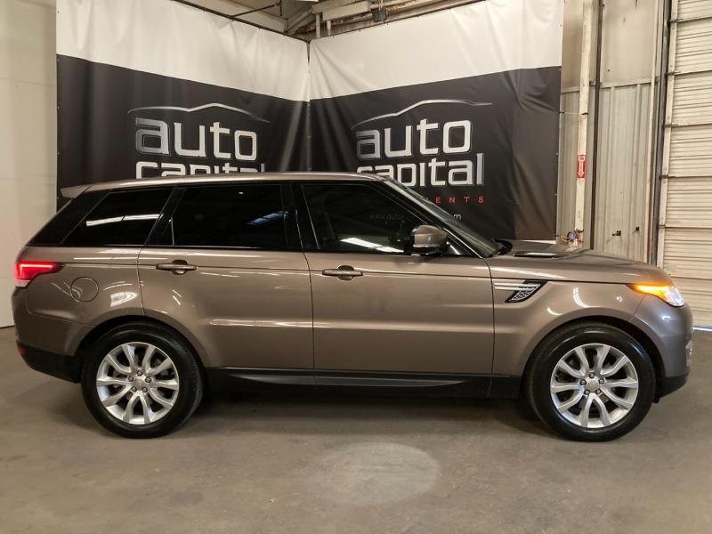 Land Rover Range Rover Sport 2015 price $28,990