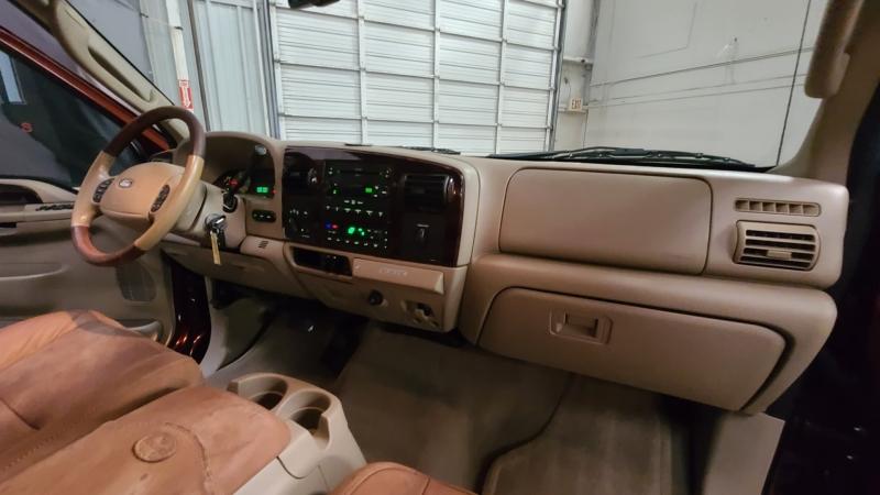 Ford Super Duty F-350 DRW 2006 price $19,990