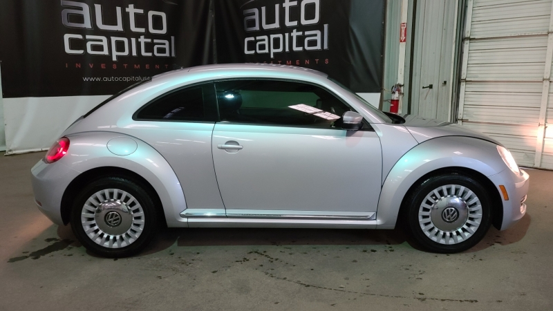 Volkswagen Beetle Coupe 2014 price $7,990