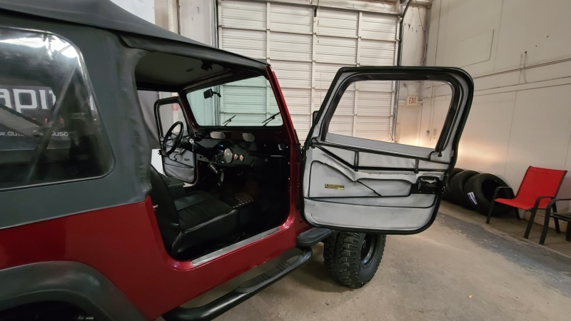 Jeep Wrangler 1987 price $10,490