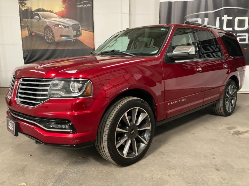 Lincoln Navigator 2016 price $26,990