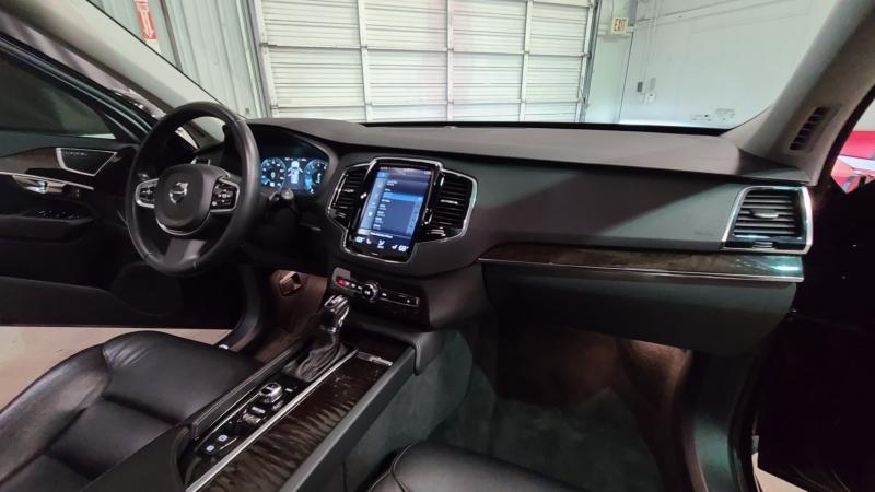 Volvo XC90 2016 price $26,990