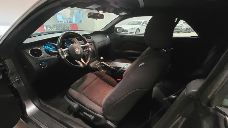 Ford Mustang 2013 price $16,990