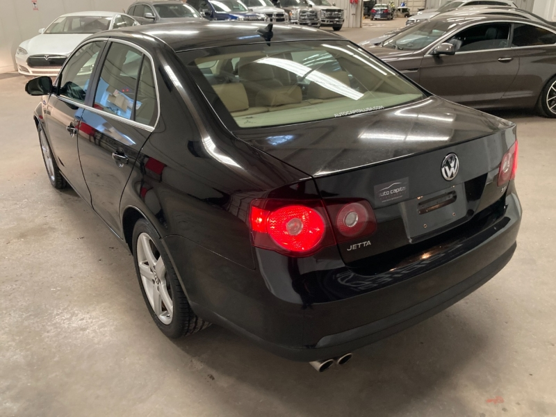 Volkswagen Jetta Sedan 2009 price $7,990