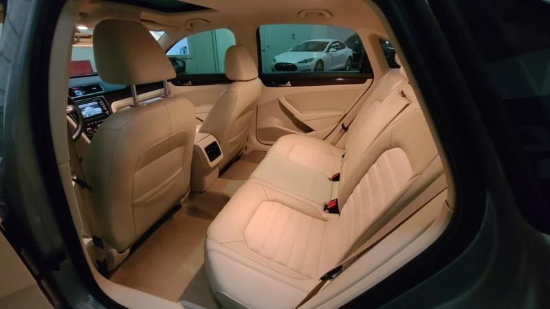 Volkswagen Passat 2013 price $13,590