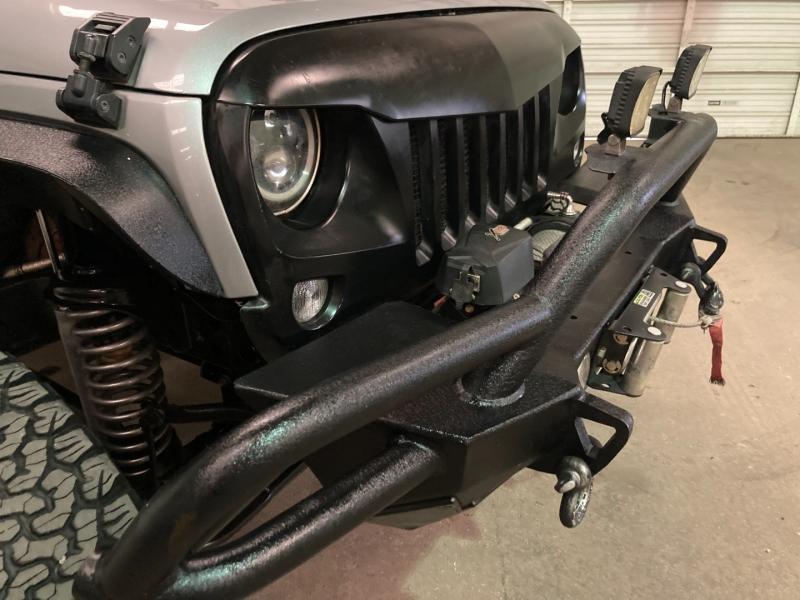Jeep Wrangler Unlimited 2015 price $28,990