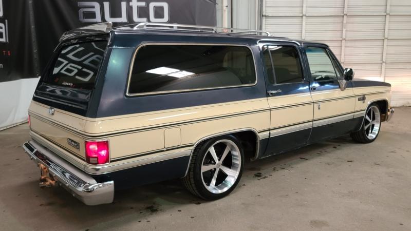 Chevrolet Suburban 1986 price $22,990