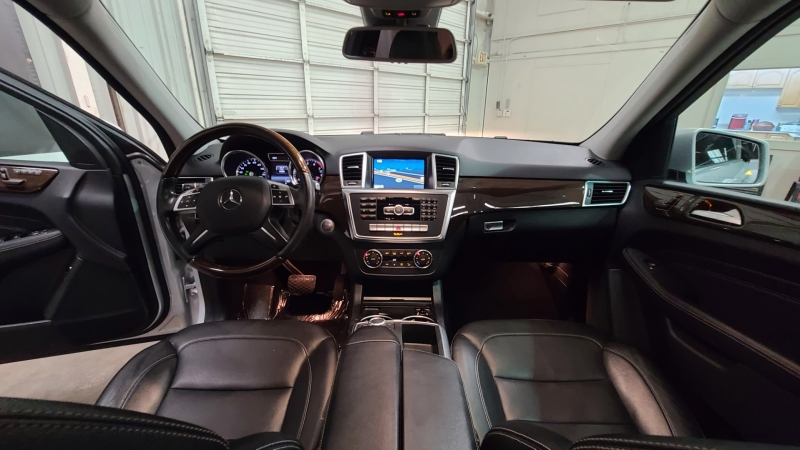 Mercedes-Benz M-Class 2015 price $23,990