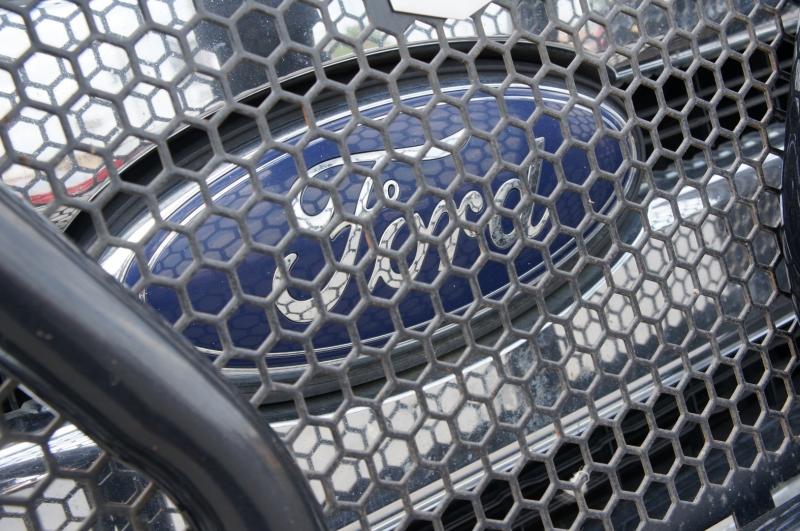 Ford Super Duty F-250 2015 price $23,990