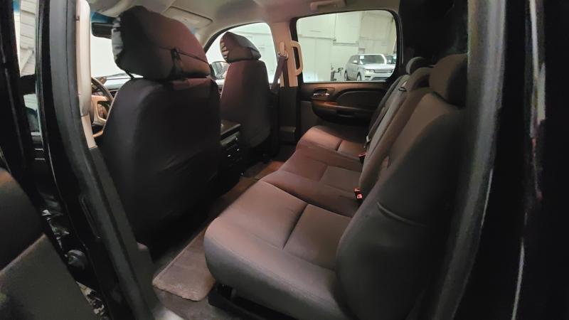 Chevrolet Avalanche 2013 price $23,990