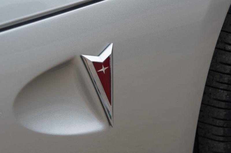 Pontiac Solstice 2006 price $16,590