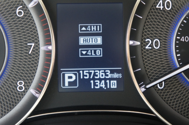 Infiniti QX80 2015 price $26,990