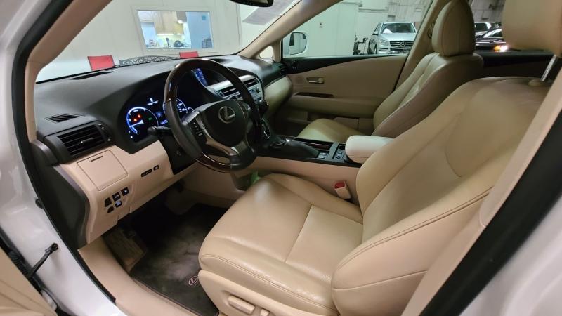 Lexus RX 450h 2013 price $23,990