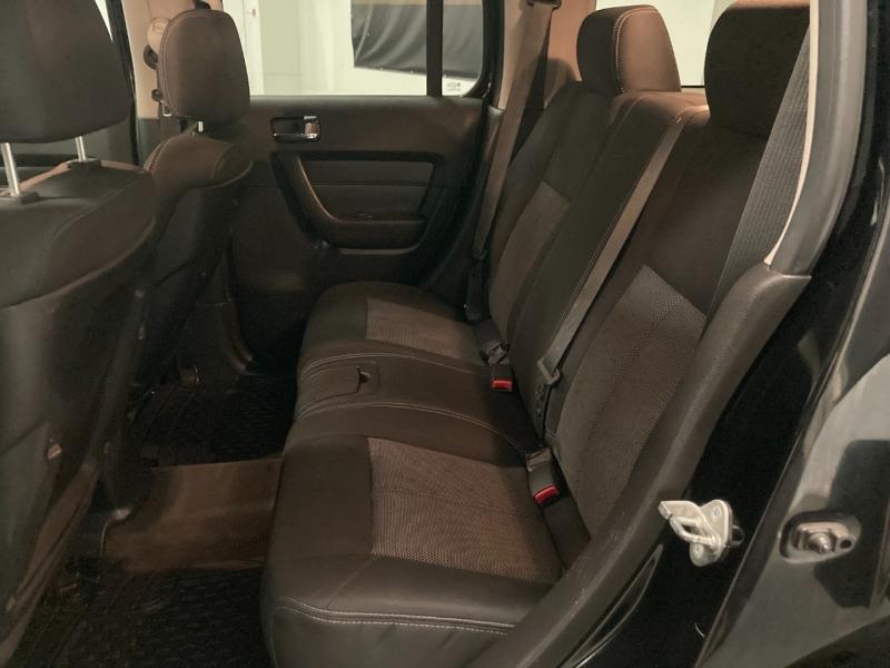 Hummer H3 2007 price $16,990