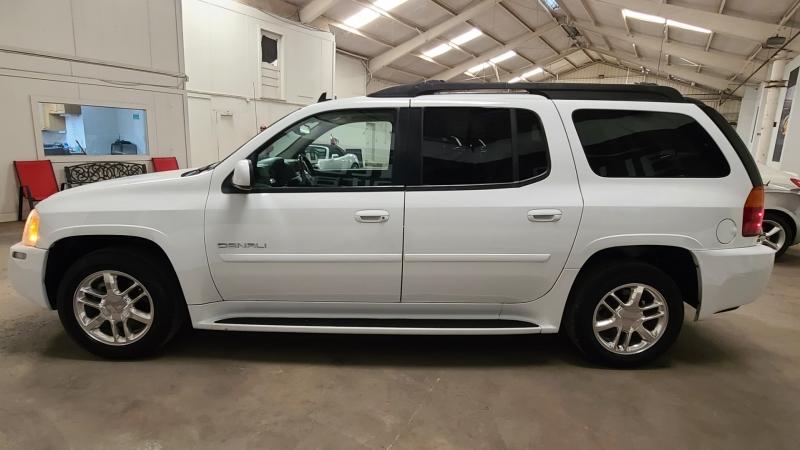 GMC Envoy XL 2006 price $8,990
