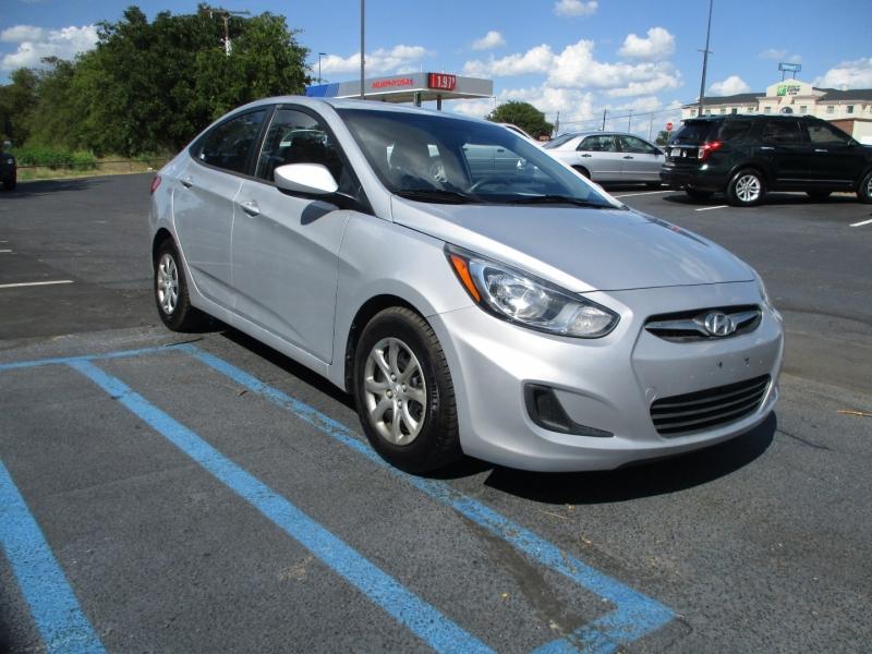 Hyundai Accent 2013 price Call for Price