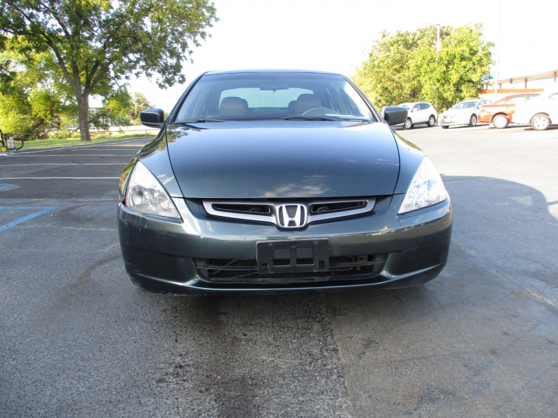 Honda Accord Sdn 2004 price Call for Price