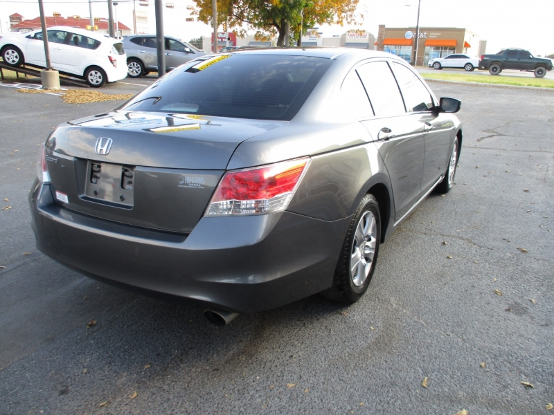 Honda Accord Sdn 2009 price Call for Price