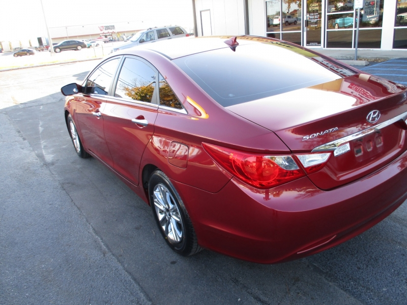 Hyundai Sonata 2013 price Call for Price