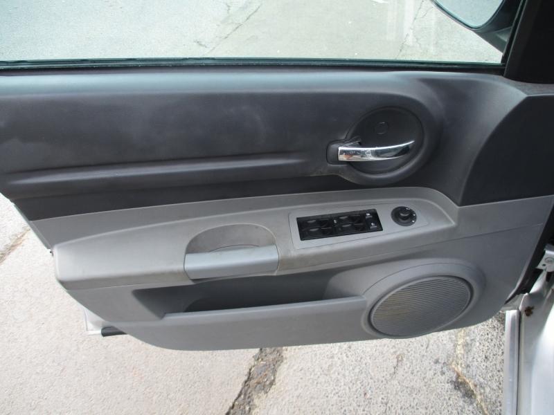 Dodge Magnum 2005 price Call for Price