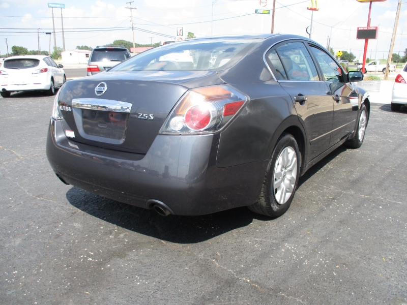 Nissan Altima 2012 price Call for Price