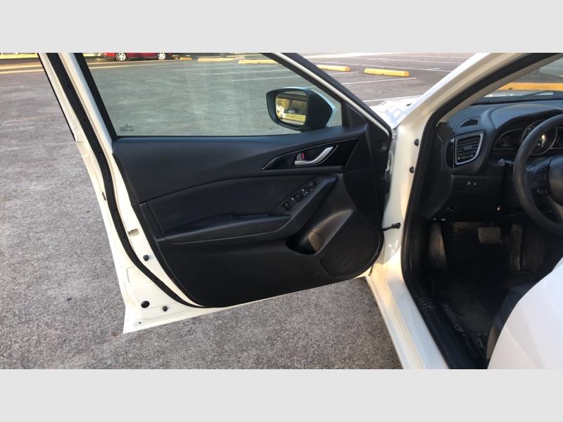 Mazda Mazda3 2015 price $7,999