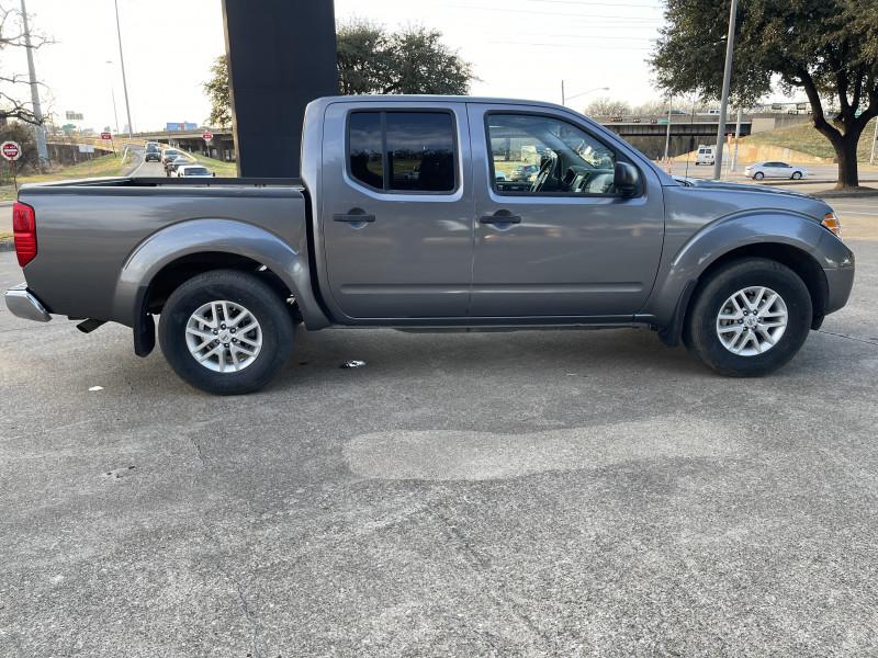 Nissan Frontier 2019 price $18,750