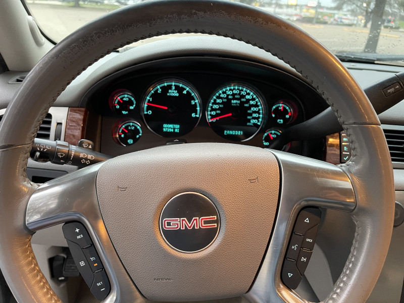 GMC Yukon 2007 price $9,750