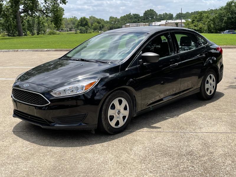 Ford Focus 2015 price $7,999