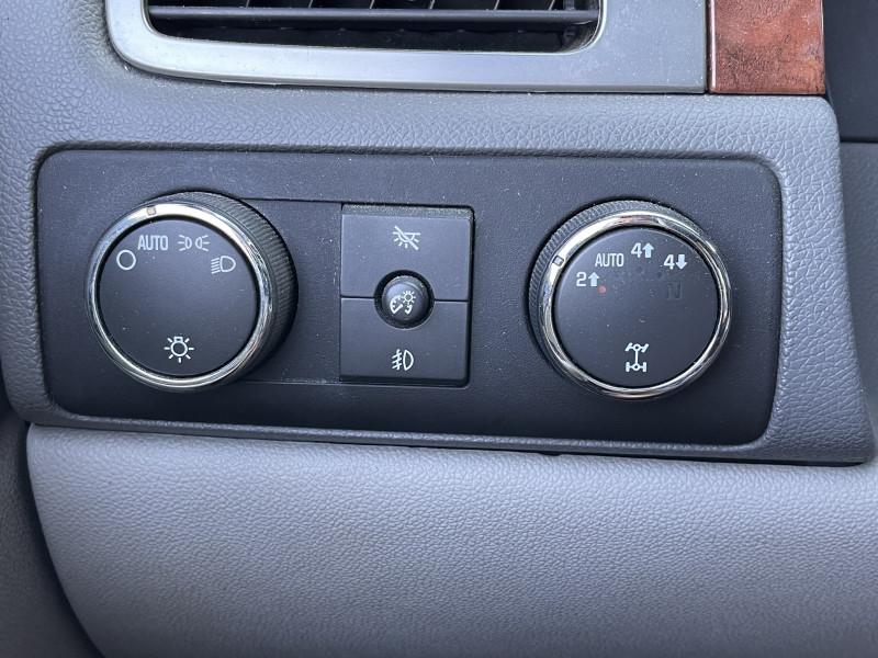 Chevrolet Avalanche 2007 price $12,999
