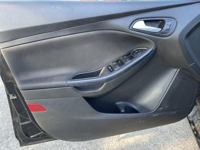 Ford Focus 2017 price $9,450