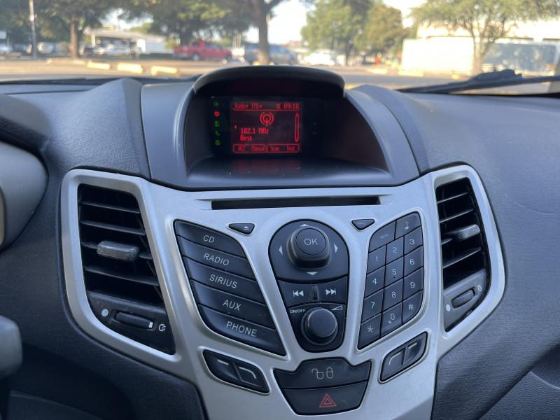 Ford Fiesta 2011 price $3,999
